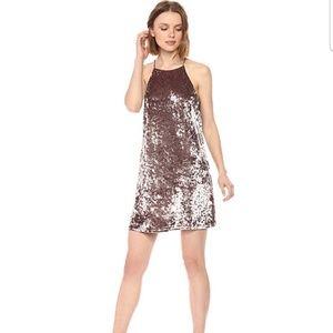 Sugarlips Sleveless Velvet Dress